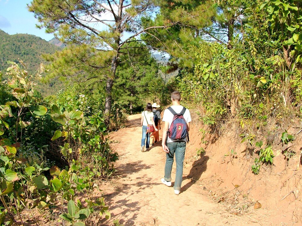Hiking in Kalaw - backpacking the world