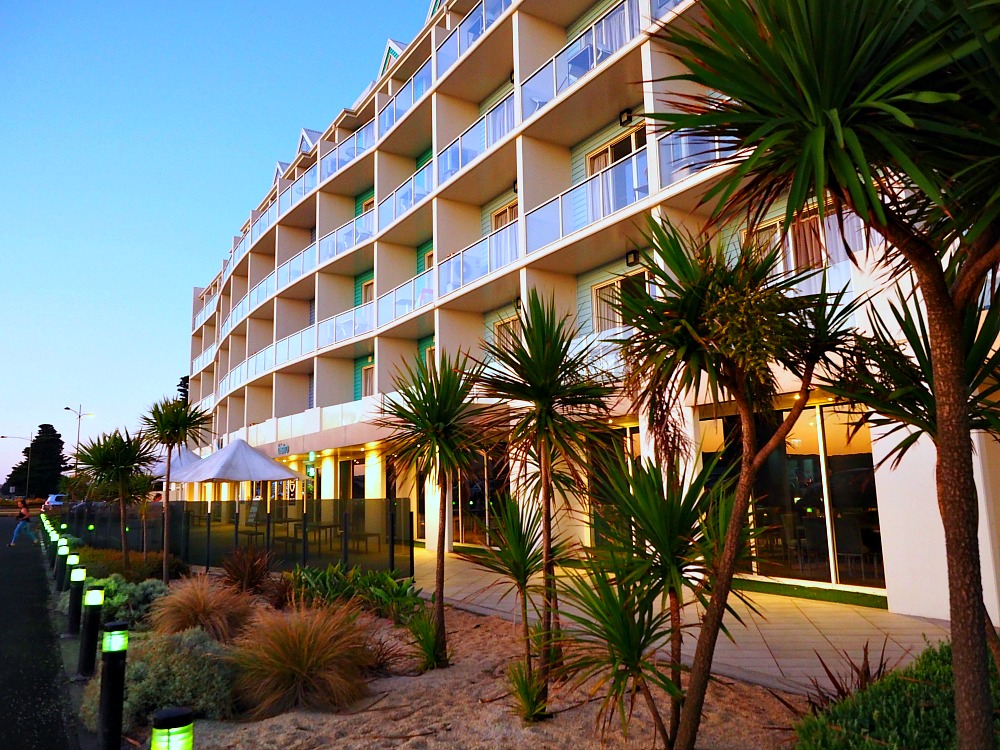 Accommodation Warrnambool - Lady Bay Resort